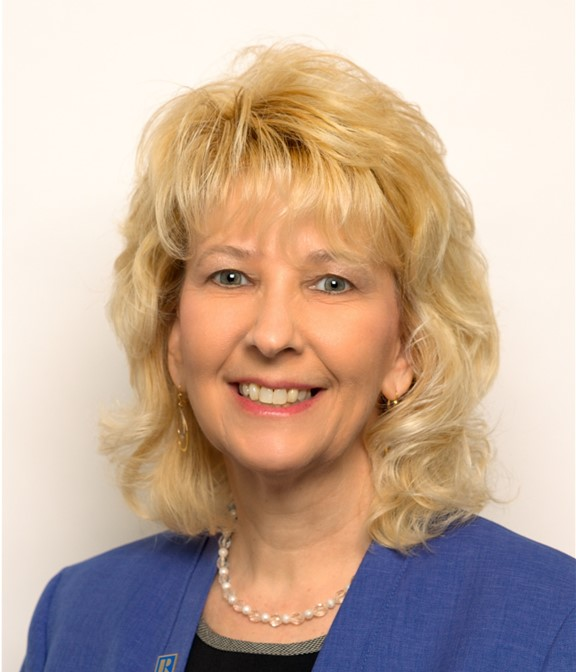 Julie Rood-Mastenbrook